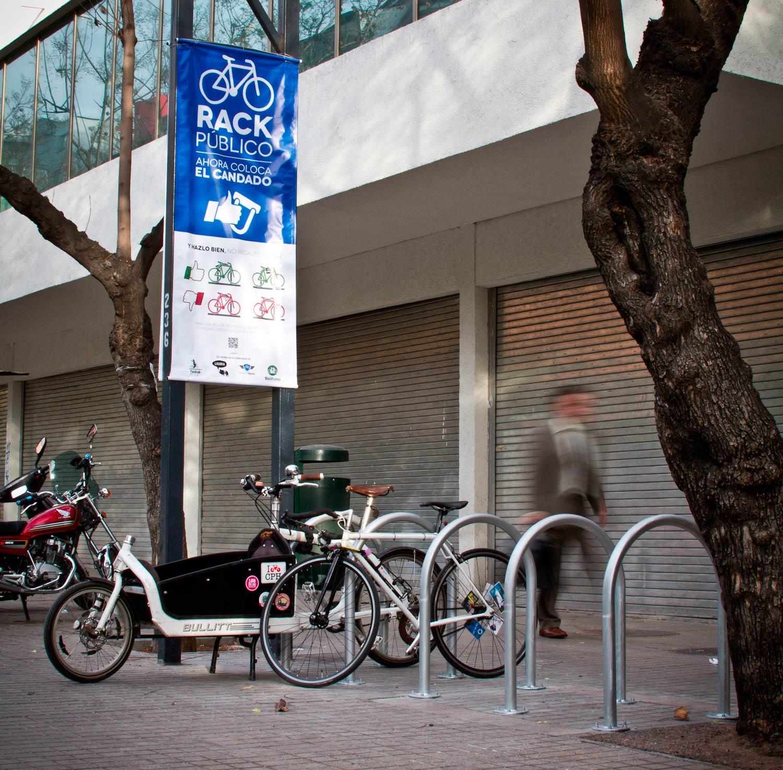 Estacionamintos de bicicletas e información al usuario