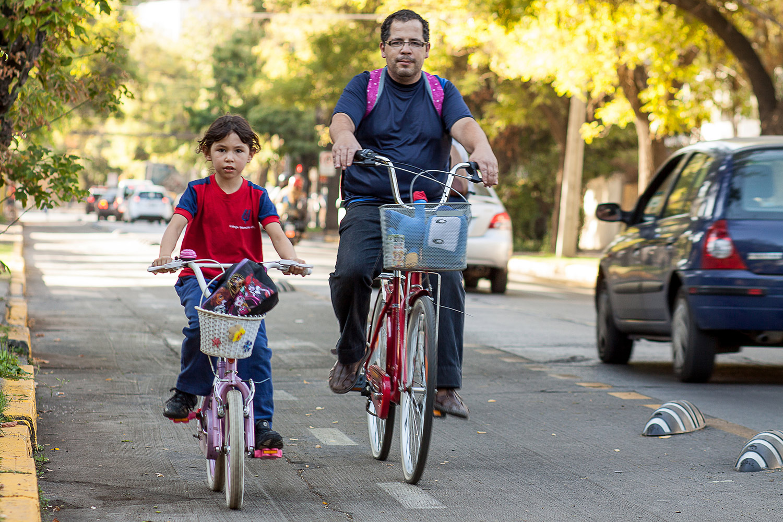 Aprobadas las modificaciones a la OGUC en favor de la bicicleta.
